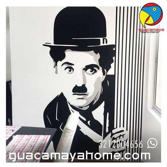 Decoración personajes famosos Chaplin